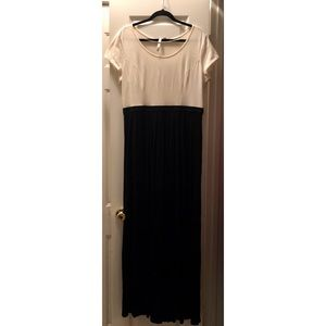 Lauren Conrad Women's cream and black dress
